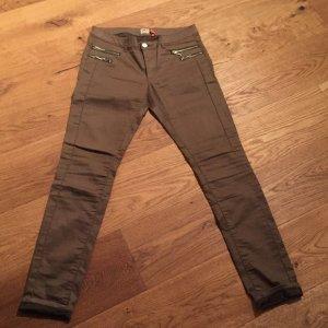 Gewachste Jeans in braun von Only