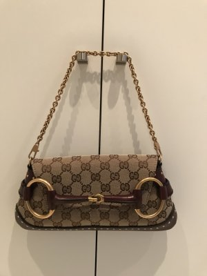 GG-Schultertasche von Gucci