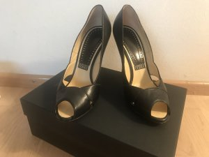 Gianfranco Ferre Pumps