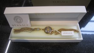 Gianni Versace Kette, mit Medusaanhänger mit Quaste, silber- und goldfarben