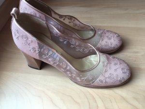 Gianni Versace Tacones de tiras rosa empolvado