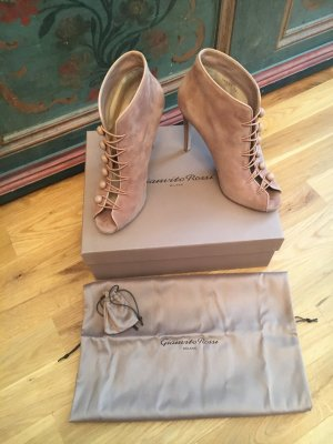 Gianvito Rossi Ankle Boots Imperia Peeptoes Nude Wildleder Nubuk