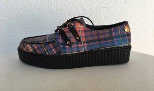 Gigi Hadid x Tommy Hilfiger, Sneaker, blau-rot gemustert, Leder, 41, neu