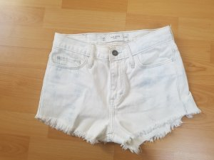 Gilly Hicks shorts