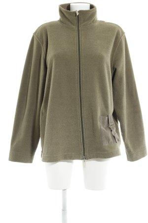 Gina Laura Wolljacke khaki Street-Fashion-Look