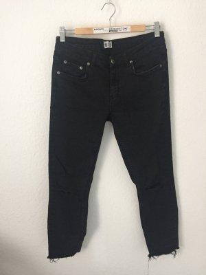 Gina Tricot Skinny Ankle Jeans mit Rissen Schwarz