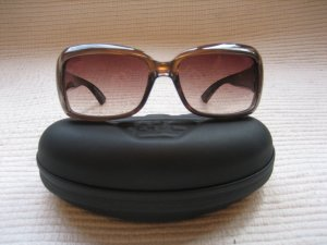 giorgio armani sonnenbrille neuwertig grau.braun mit etui klassiker