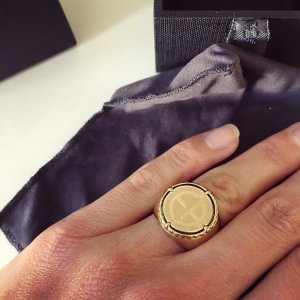 Armani Anillo color plata-color oro