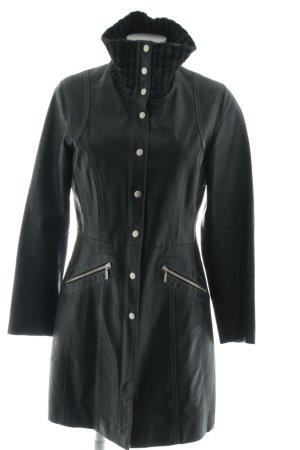 Gipsy Abrigo de cuero negro look casual