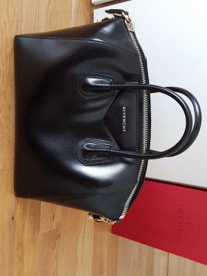 Givenchy Antigona schwarz mit Gurt