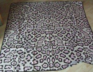 GIVENCHY großes Tuch Schal 135 x135 cm mit Seide - NEU