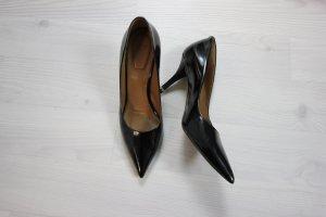 Givenchy Lackleder High Heels Pumps