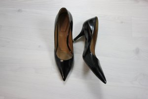 GIVENCHY LACKLEDER HIGH HEELS PUMPS DESIGNER