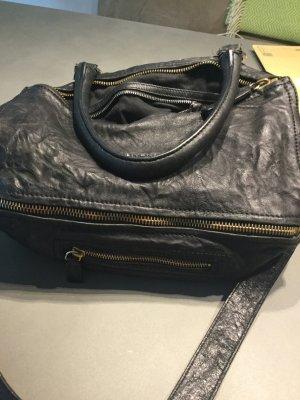 Givenchy Pandora schwarz gekringeltes Leder