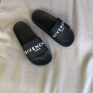 Givenchy Slippers Schlapfen