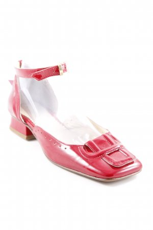 Gixus Plateau-Sandaletten rot Street-Fashion-Look