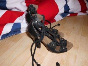 Gladiatoren High Heels von Scholl zum Schnüren mit Fußbett