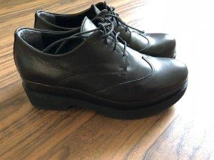 Chaussures à lacets noir