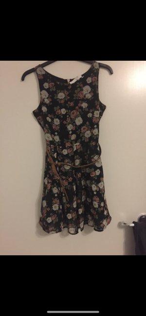 Glamorous Kleid gr xs sexy Mini Blümchenkleid