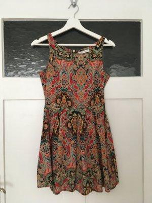 Glamorous Kleid Sommerkleid Mini Jumpsuit Overall Bunt Rot Gelb Orange Paisley Muster Blumen XS 34