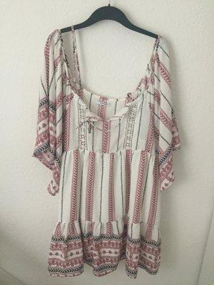 Glamorous off Shoulder Kleid mit Volants