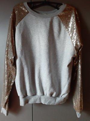 Glamorous Sweatshirt mit Paillettenärmeln