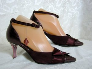 Glamour Pumps Größe 35 UK 3 Swarowski Chrystal Collection Leder Bordeaux