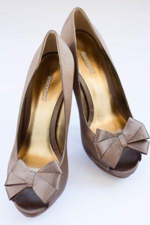 Glamouröse Bronzefarbige Peeptoes