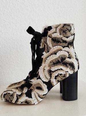 Glamouröse Stiefelette Asos