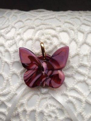 Glasanhänger in Schmetterlingform