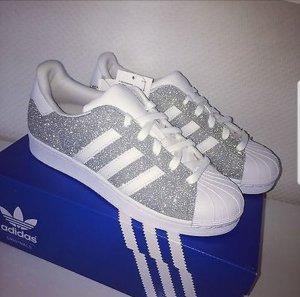 Glitzer Adidas Schuhe handgefertigt Gr. 38-39