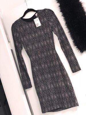 Glitzer Kleid mit Rückendekolté