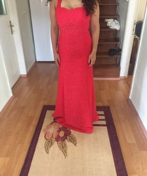 Glitzerndes Abendkleid in Rot mit Schönem Rücken Dekolletee