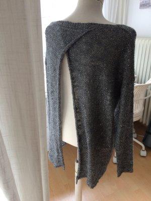 Glitzerpullover mit Wolle und Rückenausschnitt