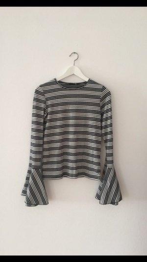 Glockenärmel-Shirt von Zara
