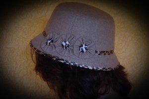 Chapeau cloche multicolore tissu mixte