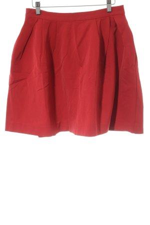 Falda acampanada rojo elegante