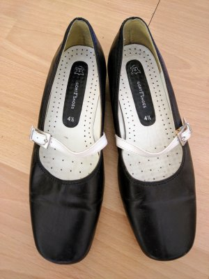 Görtz Slip-on Shoes black leather