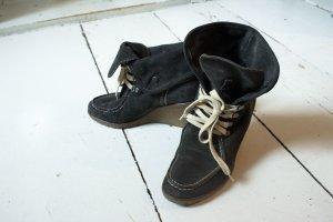 Görzt Antracit Veloursleder-Schuhe.