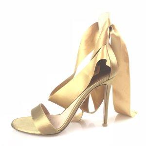 Gianvito rossi Sandalo con tacco alto oro