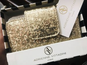Adrienne Vittadini Portefeuille doré