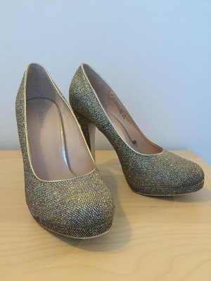 Gold Glitzer High Heels