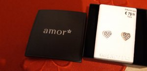amor Ear stud gold-colored
