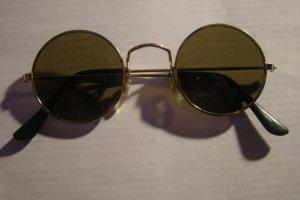 goldbraune hippe Sonnenbrille
