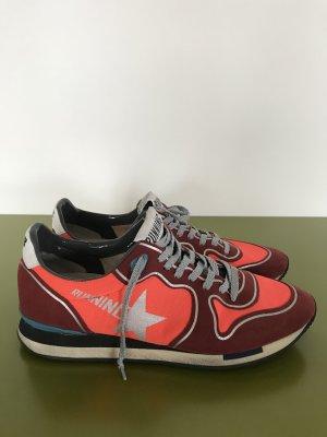 Golden Goose Lace-Up Sneaker black-red