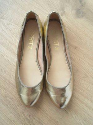 Goldene Ballerinas von Esprit, leicht spitz