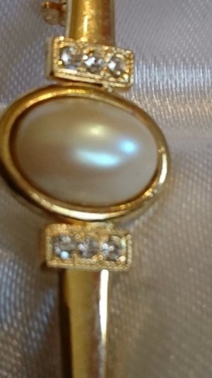 Brooch gold-colored-white metal