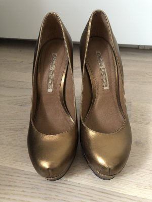 goldene Buffalo Pumps