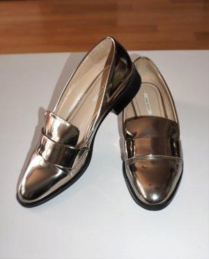 goldene Flats, flache Schuhe, Halbschuhe, Loafer von Zara