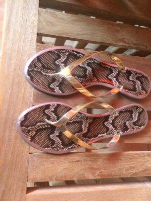 Flip-Flop Sandals gold-colored